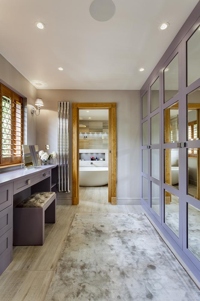 Best Dressing Room Design: Stunning Master Wetroom With Walk-through Dressing Room