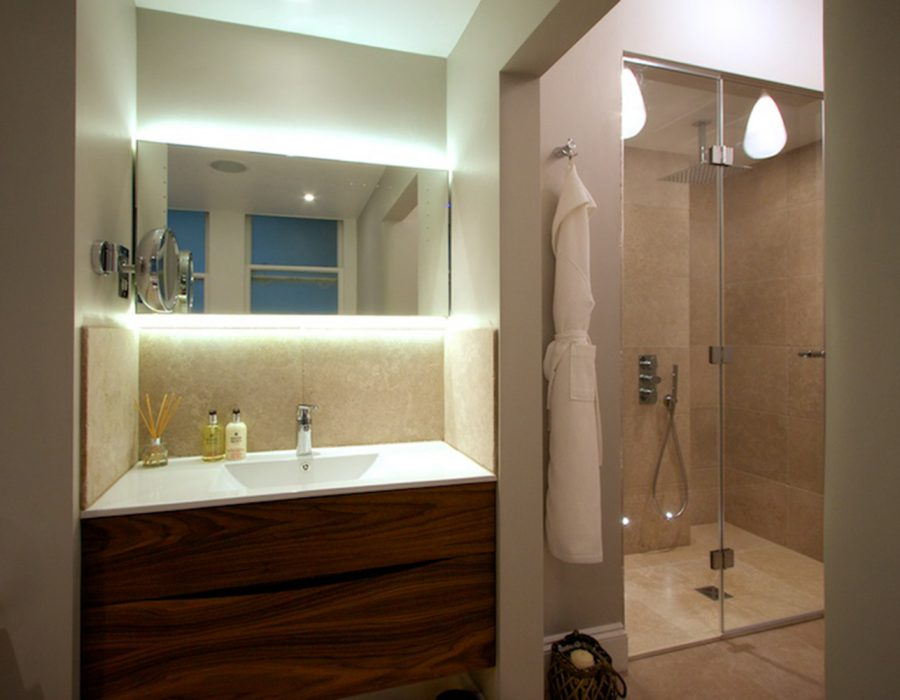 Image: Radio DJ's Luxury Stone Wetroom