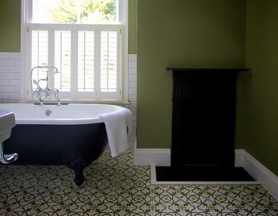 Image: Simple classic bathroom with encaustic floortiles
